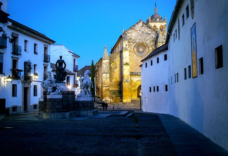 COLUZe_Iglesia